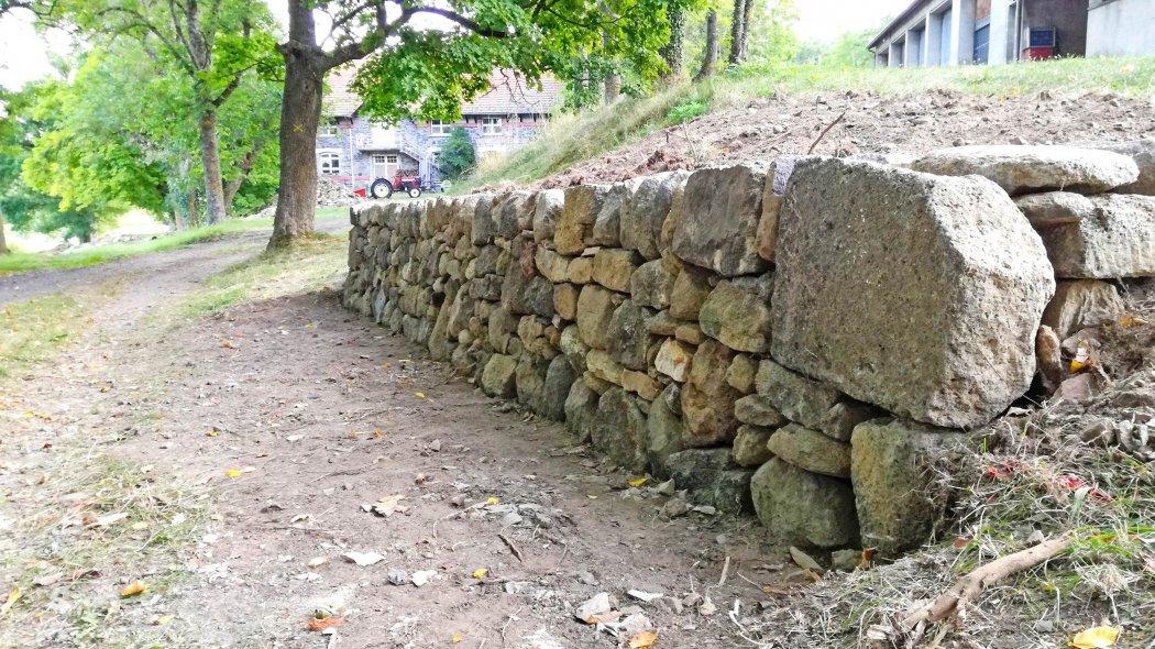 Initiez-vous à la construction en pierres sèches